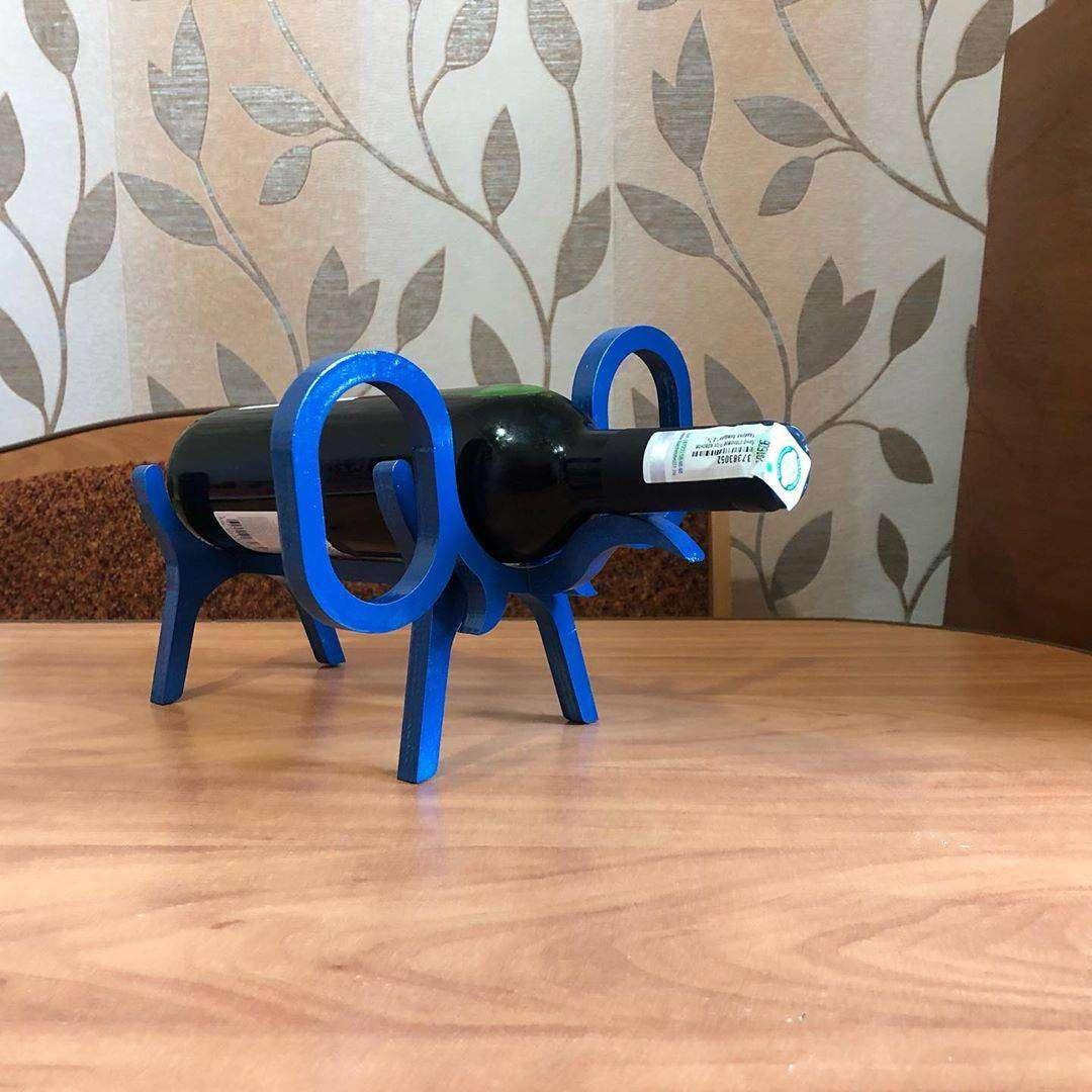 Подставка «Слон» Подставка в форме слона под бутылку вина. Материал - дерево. Цвет - синий глянец. Подставка под бутылку, Слон, Олень, Собака, подставка собака - Цена, Стоимость - 200 руб.(доставка по всей России)