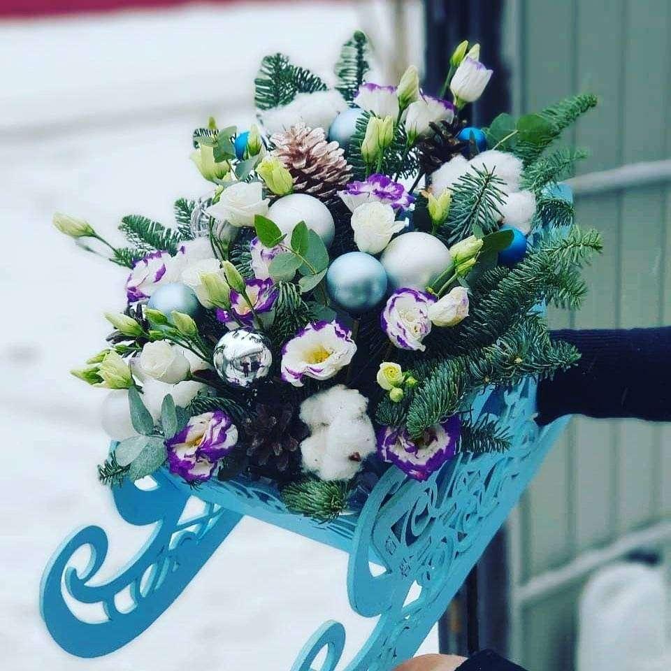 Кашпо «Сани» Оригинальное кашпо для составления подарка к новому году Кашпо, Сани, Бокс для цветов - Цена, Стоимость - 600 руб.(доставка по всей России)
