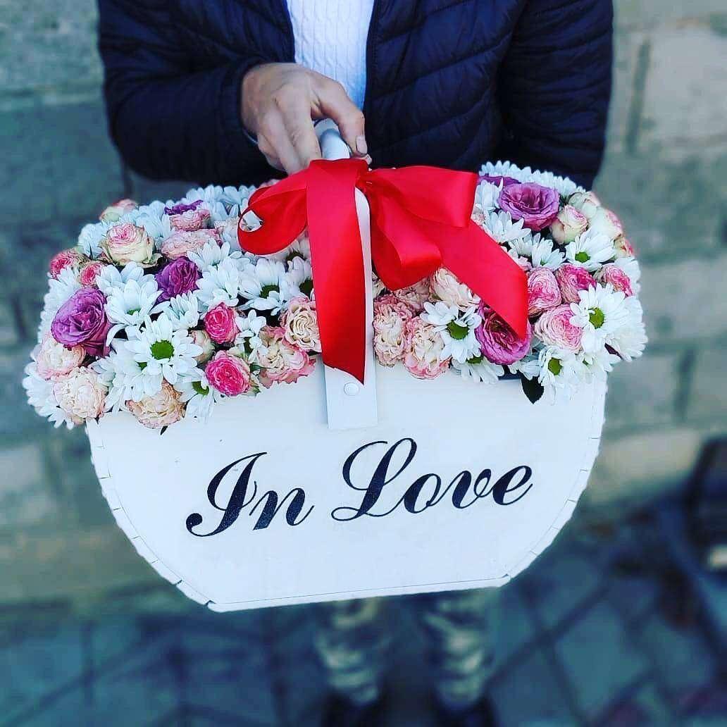 Корзина «IN LOVE»  Корзина для цветов, Бокс для цветов, Кашпо, корзина - Цена, Стоимость - 600 руб.(доставка по всей России)