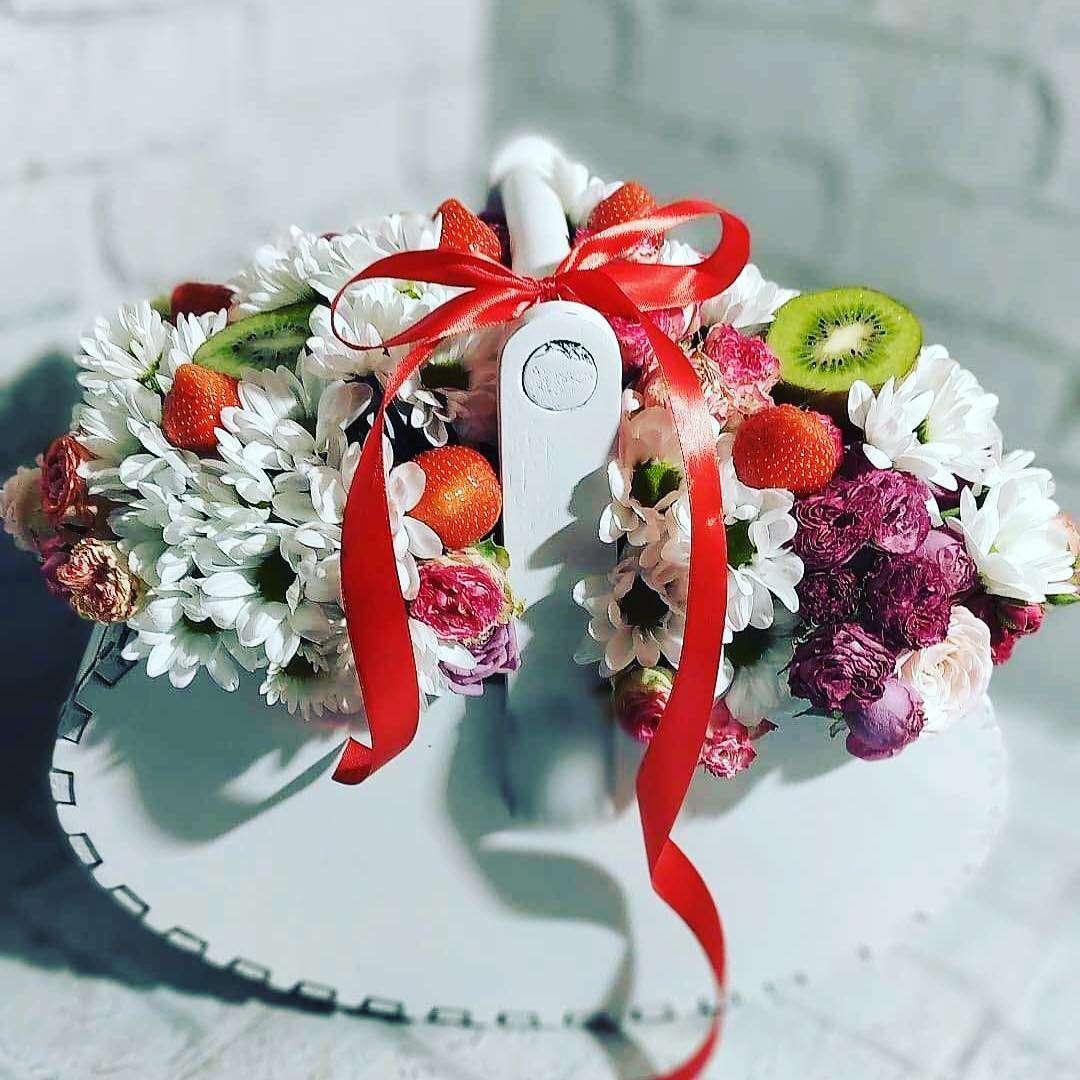 Корзина «Лодочка» Корзина для составления цветочной композиции. Материал - дерево.Цвета - Белый и Розовый Корзина для цветов, Бокс для цветов, Кашпо, корзина - Цена, Стоимость - 620 руб.(доставка по всей России)