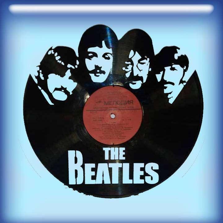 Beatles Каркас для изготовления часов из пластики в тематике - Beatles Рок легенды,Часы из пластинки,Beatles,Битлс - Цена, Стоимость - 300 руб.(доставка по всей России)